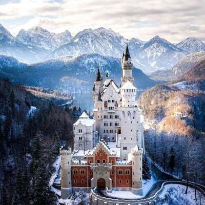 Dvorac na Labudovoj steni